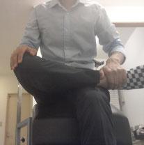 座っていると腰が痛い奈良県大和高田市の女性