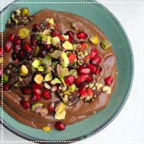 Gezonde avocado-chocolade mousse