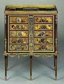 le cabinet aux papillons de Louis XVI