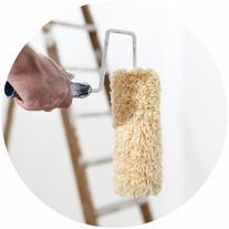 servicio de pintores, en la foto se ve un rodillo de pintar