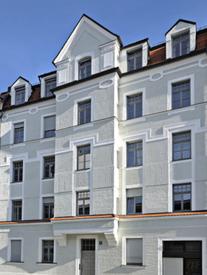 Besonders stolz sind wir auf den Fassadenpreis, den uns die Stadt München 2006  verliehen hat.