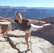 Annelie im Grand Canyon.