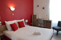 Chambre double Hôtel de la Colombière** - Chalon sur Saône