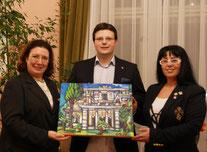 Ihre Exzellenz, die Botschafterin der Hellenischen Republik (Griechenland) in Wien, Frau Chryssoula Aliferi, Matthias Laurenz Gräff und Georgia Kazantzidu