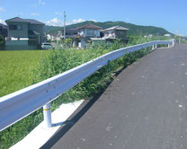 ガードレール(車両用防護柵)