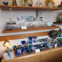 器と珈琲 Lien りあん イタリアや日本の陶器、琉球ガラスなどギャラリーのご紹介