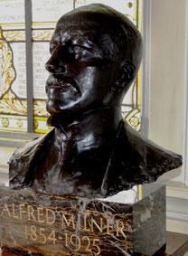 Buste d'Alfred Milner