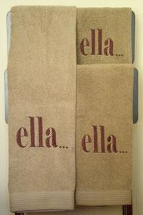 """Modelo F: Toalla """" ELLA """""""