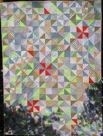 Patchwork-Decke Muster Sanduhr. Entwurf Evelyn Binder.