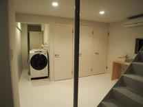 ななめドラム洗濯機 ユニットバス シャワーブース 洗面化粧台