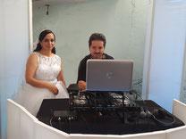 dj para bodas con Monserrat y Pedro,  Karaoke Luz y Sonido