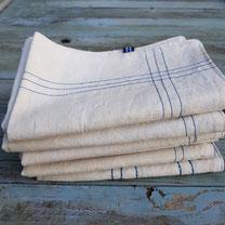 accessoires pour les repas, sets, serviettes...