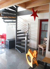 Das Ferienhauses Kaskadenschlucht (Rhön) ist familienfreundlich. Es gibt Ausstattung und Spielzeug für Kinder. Wir haben auch Wifi.