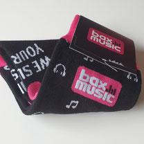 Gepersonaliseerde sokken op maat met logo