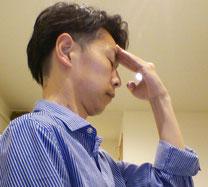 背中の肩甲骨が痛くて頚椎症と言われた奈良県御所市の男性