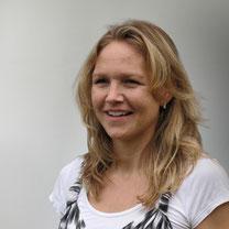 Simone Holtkamp - Systemische Familientherapeutin, Kinder- und Jugendtherapeutin, Diplom-Sozialpädagogin, Mutter