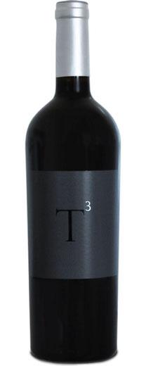 T 3   2012  Der Druk my Niet T3 wird von Hand hergestellt. Die 3 Sorten Trauben (Tannat, Tempranillo, Tinta Amarela) verschmelzen zu einer Welt voller Lebendigkeit. Der Wein ist ausdrucksstark und hinterlässt einen bleibenden Eindruck. Ein Wein der ihre G