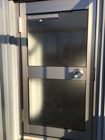 ドアの取り換え 施工後