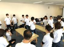 日比塾ではリーダーズと呼ばれる部長クラスの先生方が、しっかり技術練習を行ってくれます。