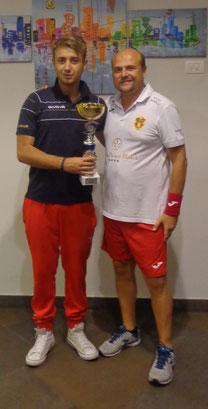 Claudio Panebianco premiato come vincitore del V Trofeo Giuseppe Viola
