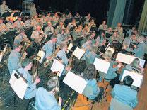 Der Musikverein Frenkhausen präsentierte unter Leitung von Bernhard Reuber bei seinem Frühjahrskonzert ein facettenreiches Konzertprogramm