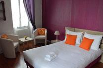 Chambre double confort Hôtel de la Colombière** - Chalon sur Saône