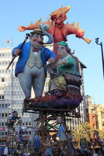 バレンシアの火祭り-プランタ