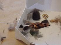 plumes collée sur boule