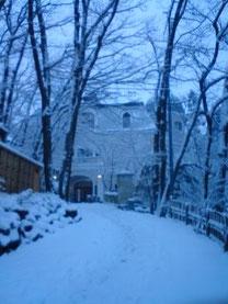 雪の竹久夢二記念館