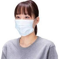 ウイルスはマスクの隙間を簡単にすり抜けてしまうのですが飛沫感染のエチケットとして着用する日本人
