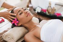 Gesichts- und Kopf-Massage