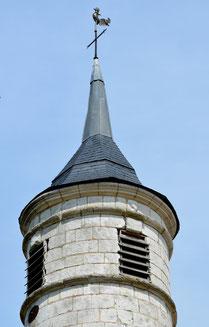 Le clocher de l'église de Millencourt-en-Ponthieu