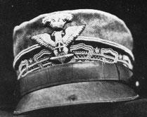"""""""Il cappello del Generale con il foro di proiettile"""""""