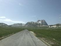 einsame Straßen im Gebirge