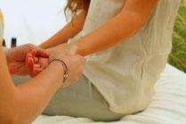 doTERRA Öle-Anwendung Hand-Massage österreich niederösterreich salzburg poysdorf großarl gesundheit immunsystem beratung öl-anwendung