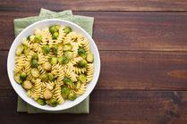 Rezept, IN FORM, gesund, Rosenkohl, Pasta, Knoblauch