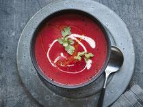 Geprüfte IN FORM-Rezepte, IN FORM, gesunde Rezepte, gesunde Ernährung, gesundes Essen, gesund essen, gesund abnehmen, abnehmen, gesund kochen, DGE, Deutsche Gesellschaft für Ernährung, Rezept, Kochrezept, kochen, Suppe, Suppenrezept, Rote Bete Suppe