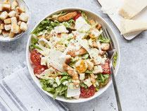 Geprüfte IN FORM-Rezepte, IN FORM, gesunde Rezepte, gesunde Ernährung, gesundes Essen, gesund essen, gesund abnehmen, abnehmen, gesund kochen, DGE, Deutsche Gesellschaft für Ernährung, Caesar Salad, Caesar Salad Rezept, Caesar Salat, Salat, Salatrezept