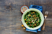 Rezept, IN FORM, gesund, Grünkohl, Quinoa, Lachs, omega-3