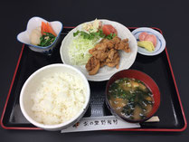 茶の里野菜村 唐揚げ定食