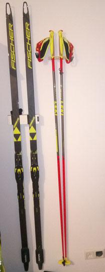Wandhalterung Wandmontage Ski horizontal vertikal Langlaufski Halterung wall mount Fischer Skating Ski
