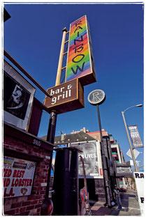Lemmys Revier am Sunset Strip. Rund um sein Appartement reihen sich die Rock-Clubs hier wie Perlen an einer Kette. Das Rainbow war Lemmys zweites Zuhause.