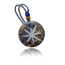Amulette d'orgone avec lapis-lazuli