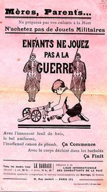 """Affiche, """"enfants ne jouez pas à la guerre"""" (Historial de Péronne, DR)"""