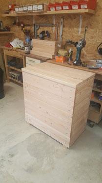 malle a jouets et caisse a bois de chauffage table de jardin pas cher. Black Bedroom Furniture Sets. Home Design Ideas