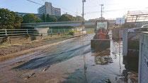 河川汚泥除去作業