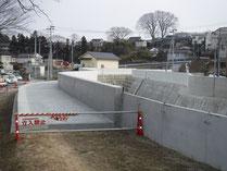 準用河川下の川 堤防天端整備工事2