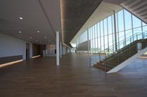 1階エントランスホール南面
