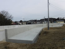 準用河川下の川 堤防天端整備工事1