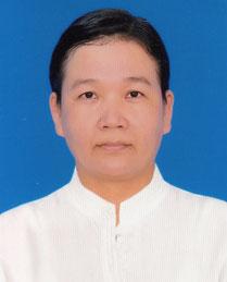 La directrice, Mme Khin Thida Nyunt